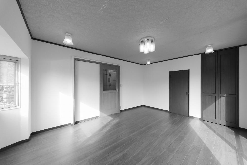 s洋室(モノクロ風)-1